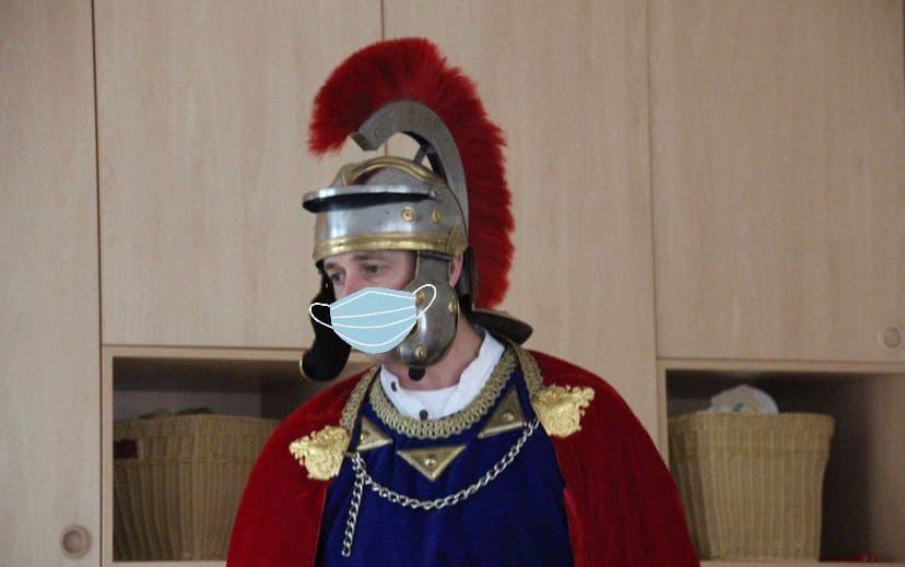 Sankt Martin mit Mund-Nasen-Schutz